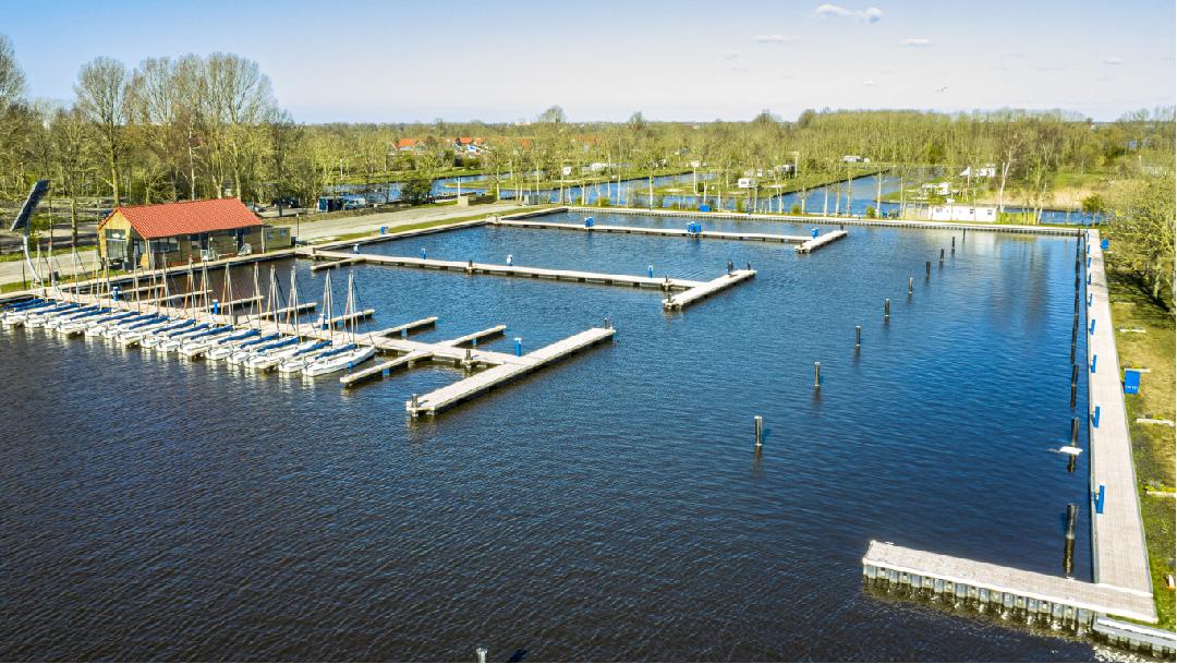 Oplevering Waterrijck-Sneekermeer, Sneek, Nederland